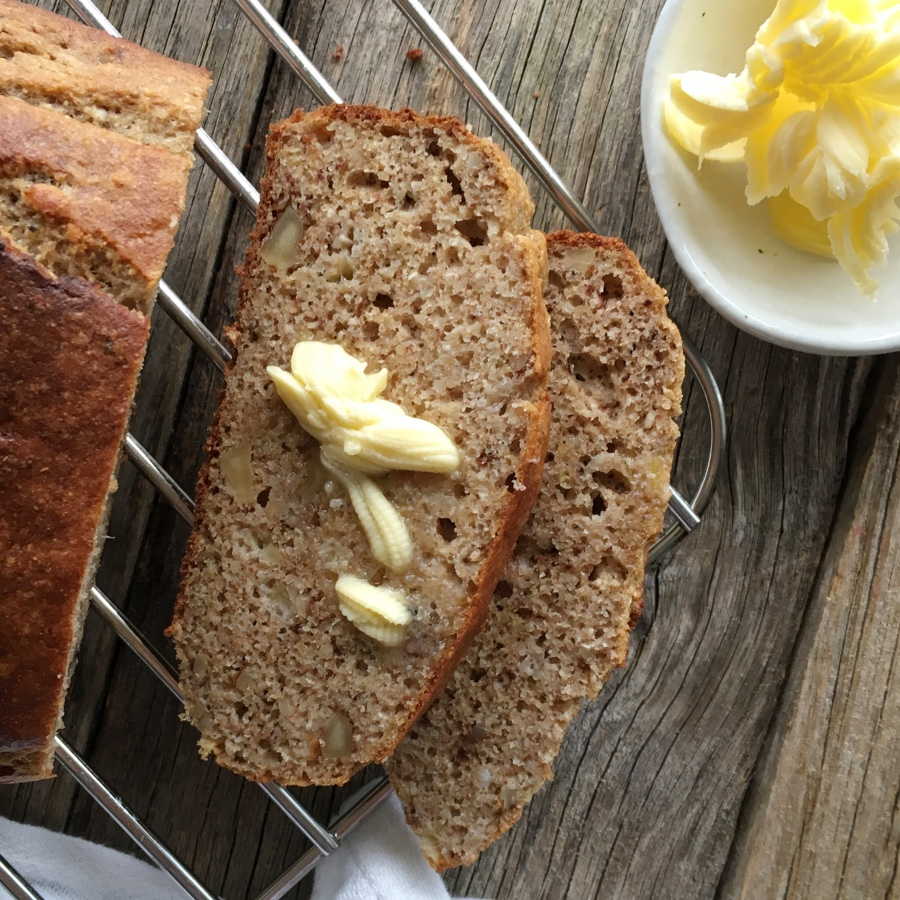 Low FODMAP Banana and Walnut Loaf