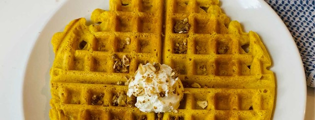 """Turmeric """"Ombre"""" Waffles image"""