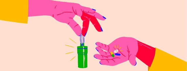 alt=a hand holds a keychain pill case; another hand holds pills in its palm.